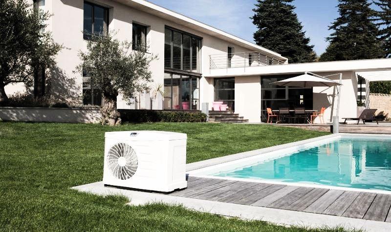 Chauffer une piscine avec une pompe chaleur toute l 39 ann e for Puissance pompe a chaleur piscine